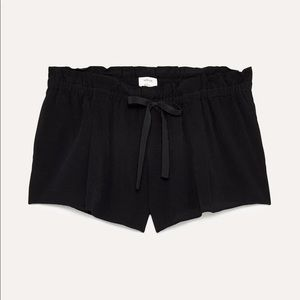 """Wilfred Aritzia """"Montrouge shorts"""" in black"""
